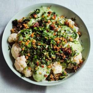 Cauliflower and jerusalem artichoke bake.