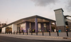 Oxford Parkway station opened in October 2015. Trains run to London Marylebone twice an hour, and 250,000 return journeys are expected on the route every year.