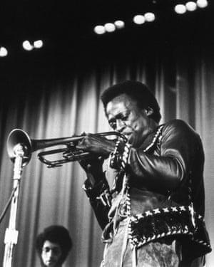 The controversy surrounding Miles Davis's Jack Johnson