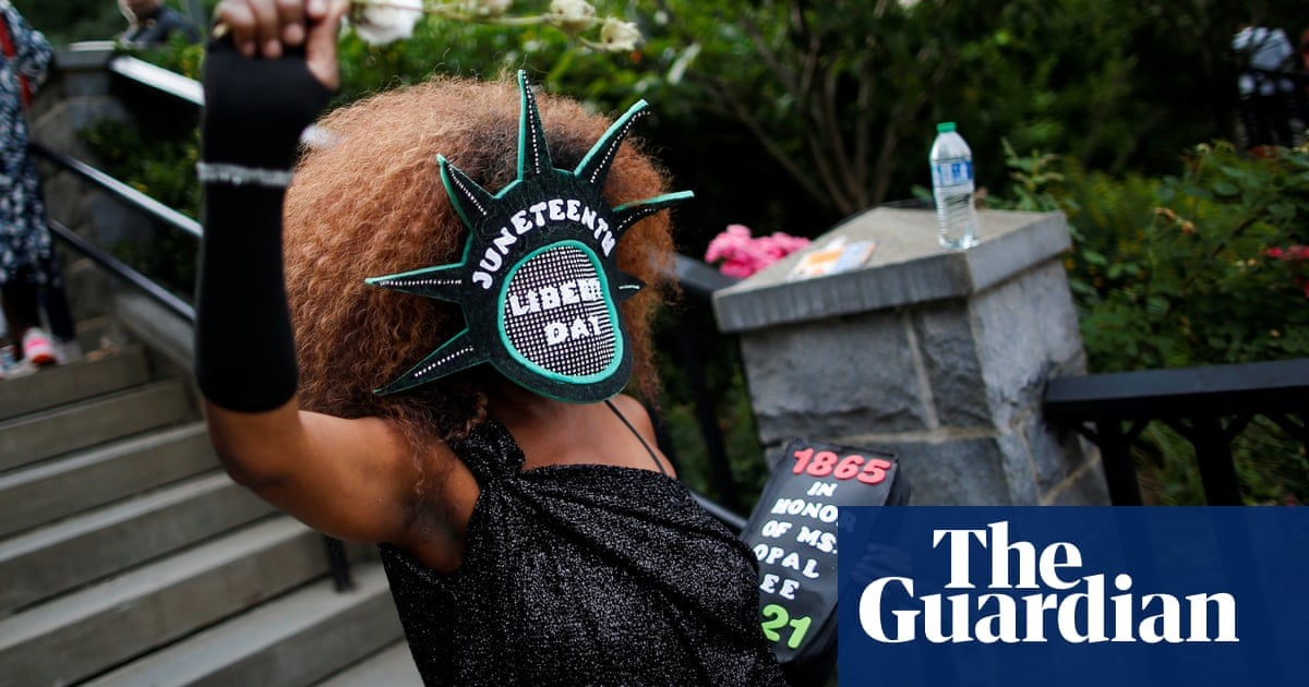 US celebrates Juneteenth as federal holiday – video