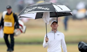 Rory McIlroy had rain to contend with during his second round