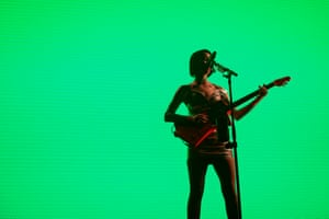 Musician St Vincent playing at MAC2