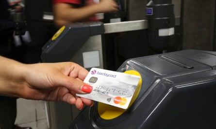 contactless payment card