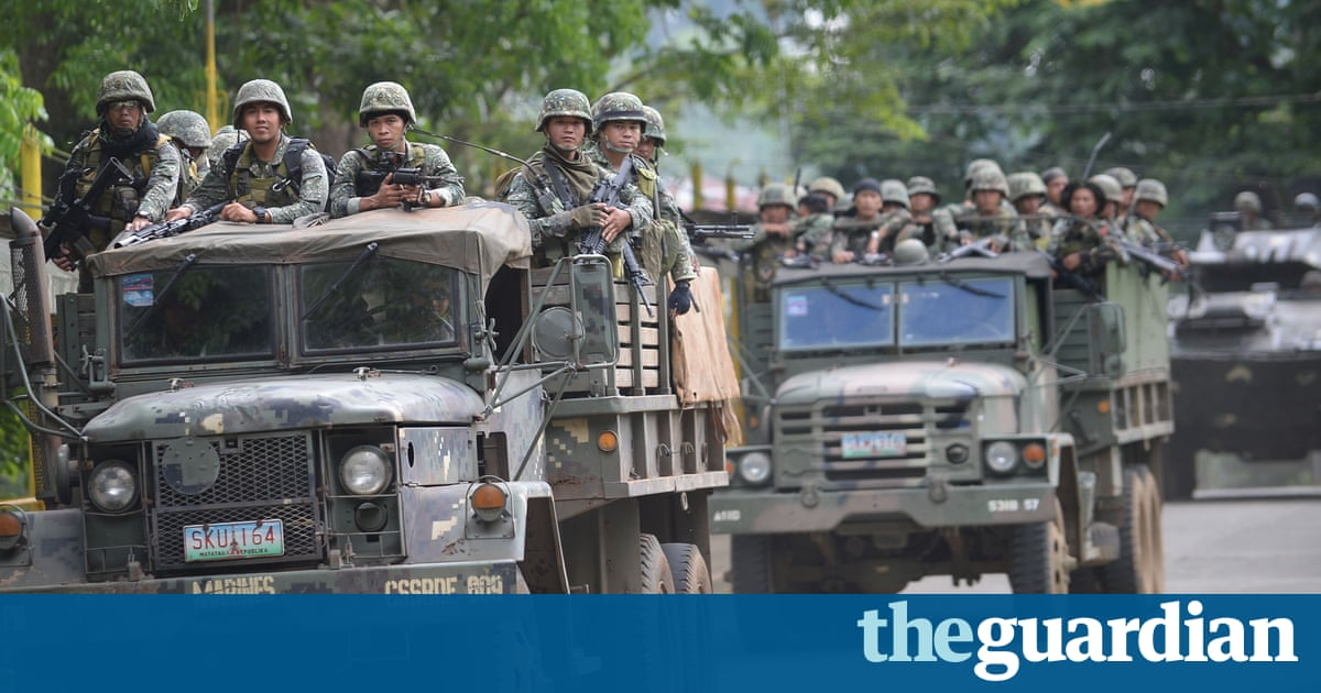 Isis-backed militants struggle for control in the southern Philippines