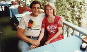 John Suchet and his late wife Bonnie, who died in 2015.