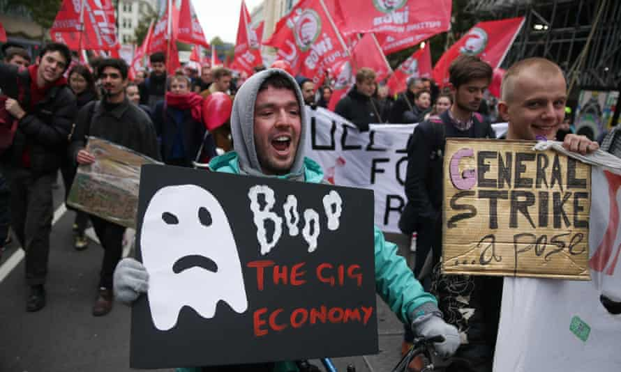 Protesters call for more employment rights for gig economy workers, London, October 2018