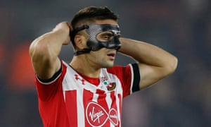 Dusan Tadic prepares join the game
