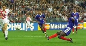 Lilian Thuram scores for France v Croatia, 1998 World Cup