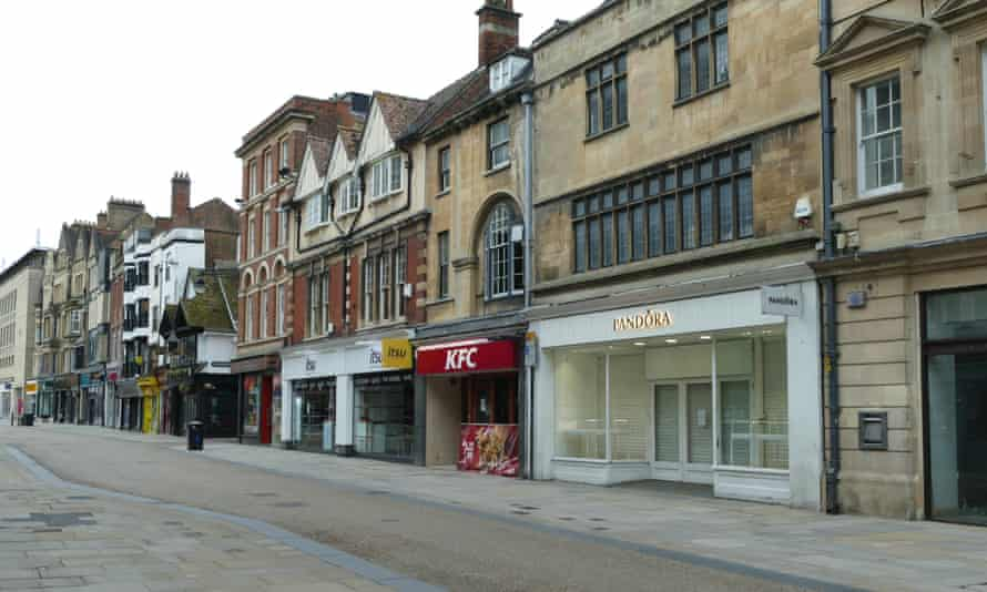 Closed shops in Oxford city centre