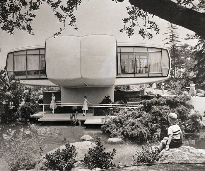 Enjoyable Back To The Futuro The Spaceship House That Landed In Download Free Architecture Designs Xerocsunscenecom