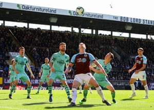 All eyes on the ball at Turf Moor.