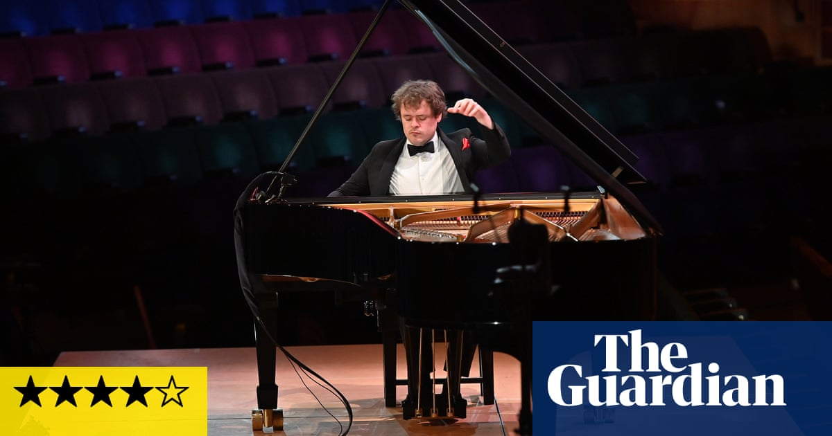 Benjamin Grosvenor review – pianist dazzles but doesn't dig deep enough