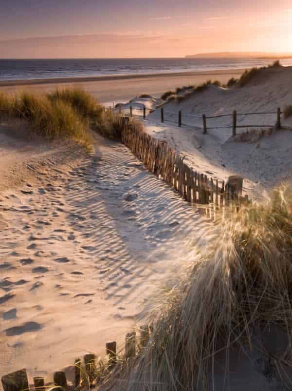Camber Sands está bendecido con algunas de las mejores playas de arena de la costa sur