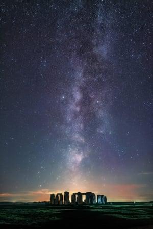 Sebastian Voltmer's Line Up Milky Over Stonehenge