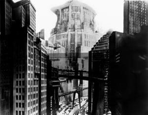 Scene from Fritz Lang's Metropolis.