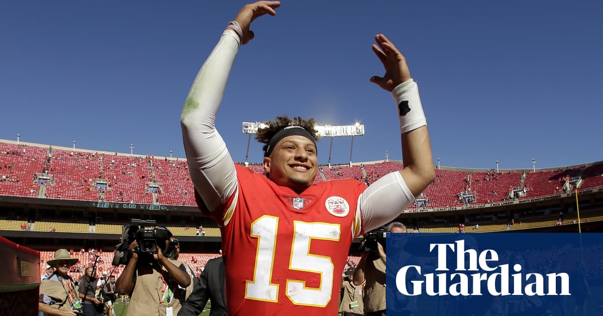 Mahomes and Garoppolo's differing Sundays show beauty and cruelty of NFL | Sport | The Guardian