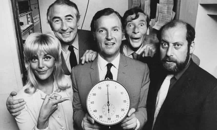 Nicholas Parsons, centre, with the Just a Minute panel in 1971. From left: Aimi McDonald, Peter Jones, Kenneth Williams and Clement Freud.