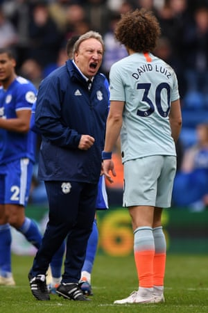 Cardiff's manager Neil Warnock shouts at David Luiz after the final whistle.