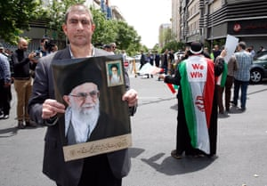 An anti-US rally in Tehran, in support of Iran's decision to pull out from the nuclear deal.