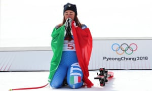 Italy's Sofia Goggia pips Lindsey Vonn to seal gold in the women's downhill.