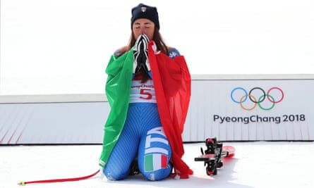 Italy's Goggia pips Lindsey Vonn to seal gold in the women's downhill.