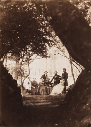 Alphonse Le Blondel, Untitled (Family Group in a Garden), ca. 1855