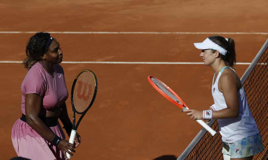 Serena Williams congratulates Nadia Podoroska after the Argentinian's victory in Rome.
