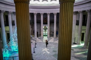 A National Park Service employee arrives for work at Federal Hall, January 28, 2019 in New York City. Operated by the National Park Service, the historic building re-opened on Monday after President Donald Trump signed a temporary measure on Friday to reopen the U.S. government for three weeks while negotiations continue about border security funding.