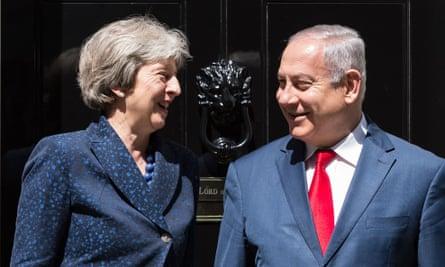 Benjamin Netanyahu and Theresa May outside 10 Downing Street.