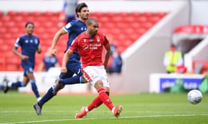 Lewis Grabban scores his and Nottingham Forests's second against Huddersfield