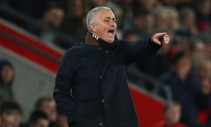 José Mourinho refused to release the handbrake on his attack in Manchester United's 2-2 draw at Southampton.