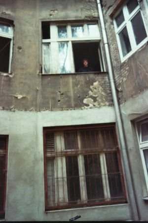 No heating and a shower in the kitchen … Wells in his first Berlin flat.