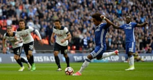 Willian scores confidently from the spot.