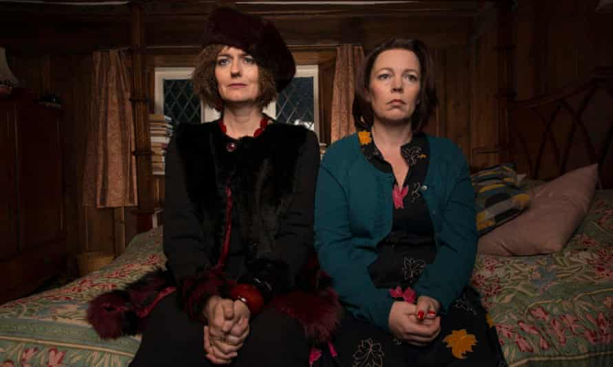 Anna Chancellor and Olivia Colman in Flowers.