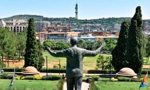 The statue of Nelson Mandela outside Pretoria's Union Buildings