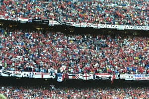 Fans watching Manchester United v Bayern Munich. 1999 European Cup Final, Barcelona.