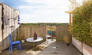 Quirky B&B: Driftwood Beach House, Kent.
