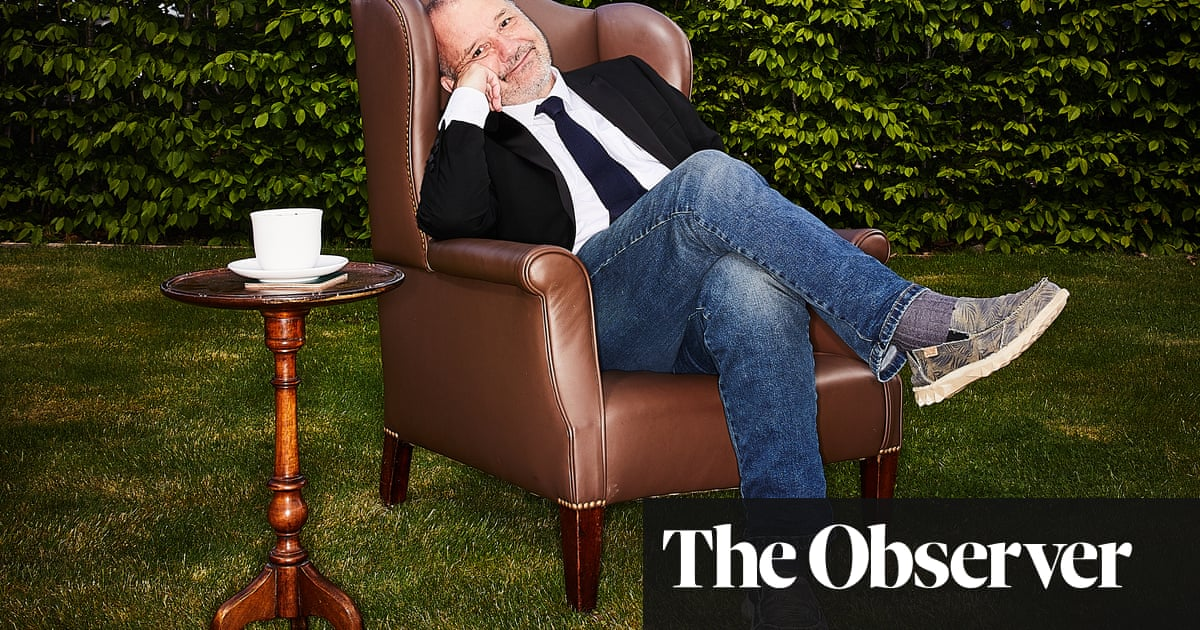 Bob Mortimer: 'I'm comfortable with getting older, but I try not to look in the mirror'