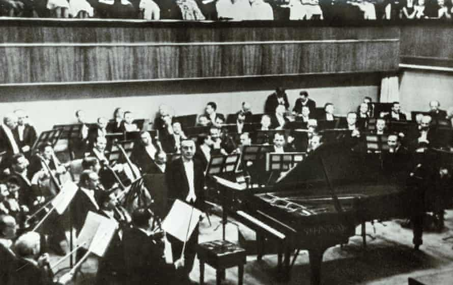 Sergei Rachmaninoff as pianist for a concerto performance in Lucerne (see question 14:8). Photograph: The Art Archive/Alamy