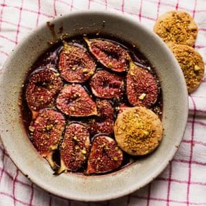 OM Nigel Baked Figs Pistachio Biscuits 1