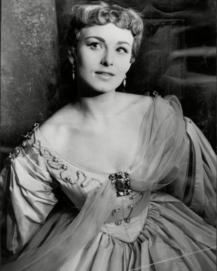 Barbara Jefford in Othello in 1954.