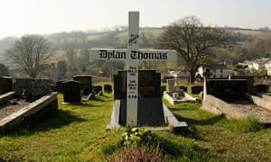 Grave of poet Dylan Thomas, Laugharne, Carmarthenshire.