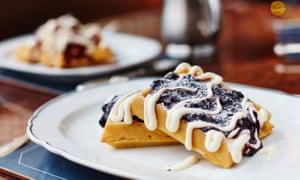 Breakfast waffles at Bellanger.