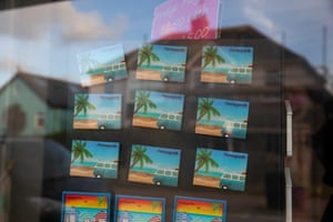 Fridge magnets for sale in Perranporth.