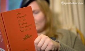 De Wilde reads the Gospel of the Flying Spaghetti Monster.