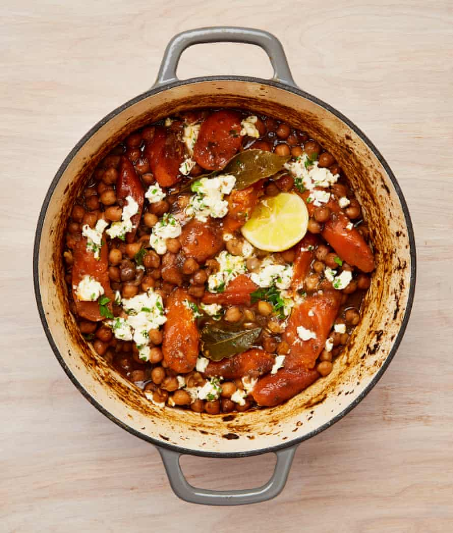 Yotam Ottolonghi's braised chickpeas with carrots, dates and feta