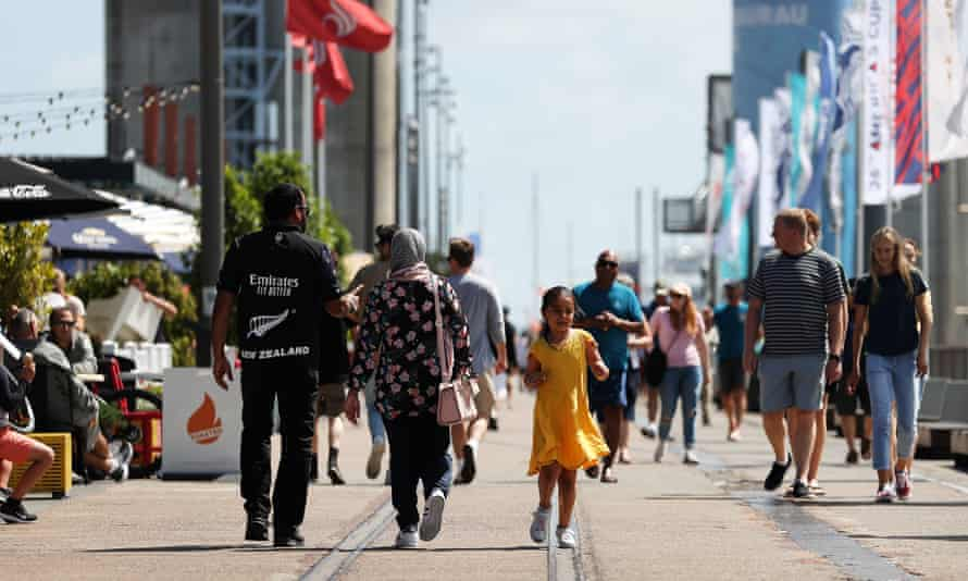 Aucklanders enjoy the sun at Wynyard Wharf after moving to level two after lockdown restrictions lifted