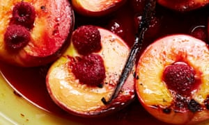 Roasted peaches and raspberries with vanilla