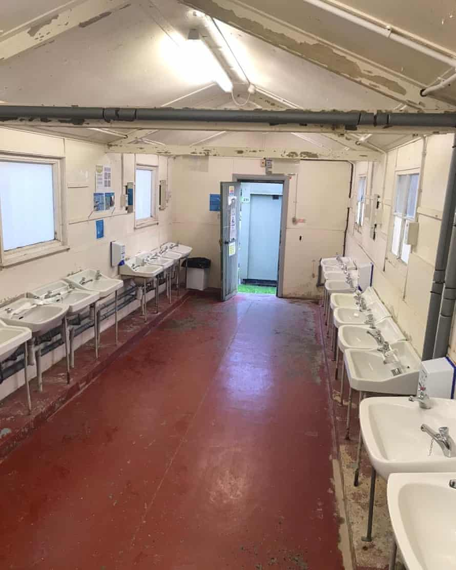 Wash facilities for the asylum seekers.