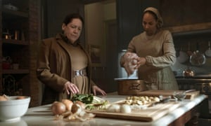 Aunt Lydia (Ann Dowd) and Rita (Amanda Brugel) in The Handmaid's Tale.